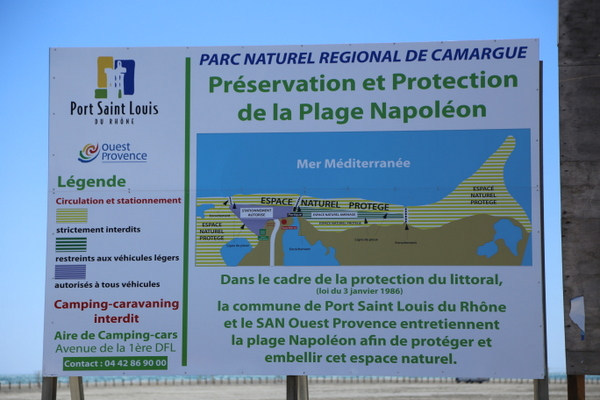 La plage napol on ville de port saint louis du rh ne - Navy service port st louis du rhone ...